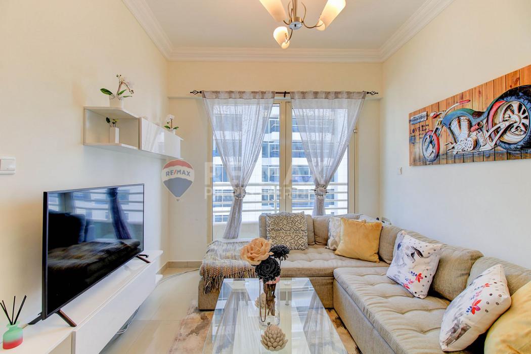 Fabulous Location | Furnished 1 Bed  | Manchester - Manchester Tower, Dubai Marina, Dubai
