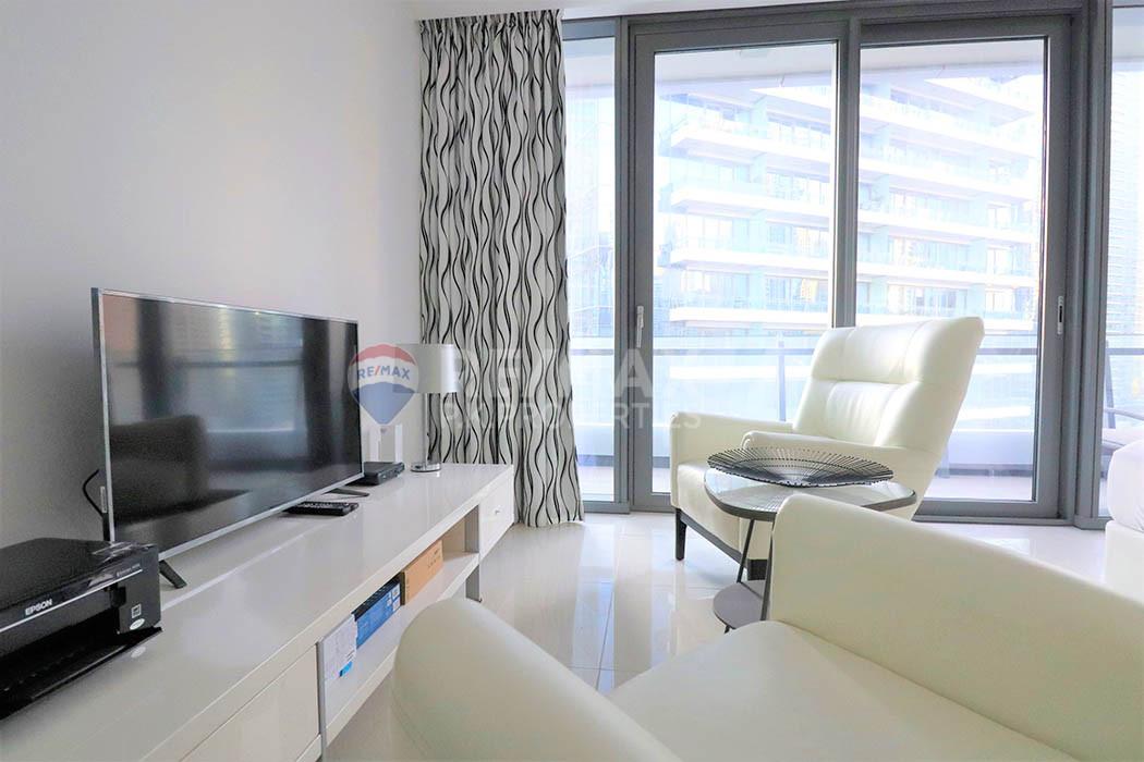 Interior Designed | Beautifully Furnished Studio