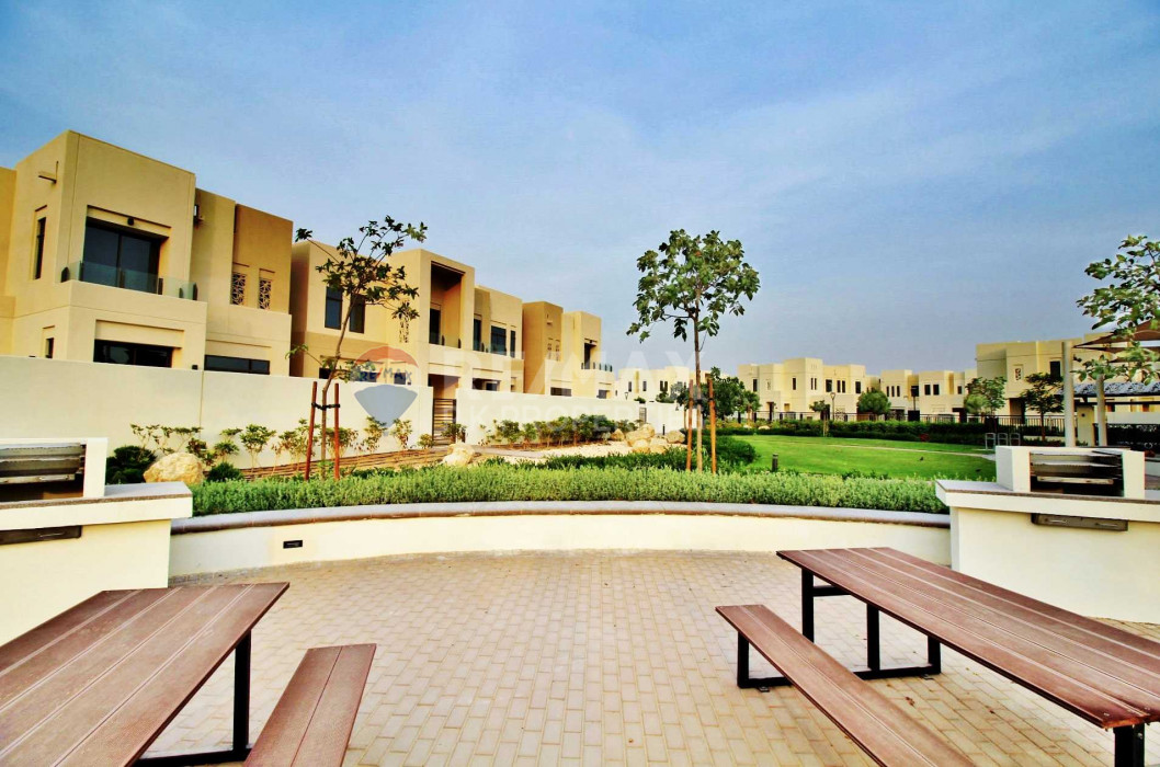 Single Row| Type J | 3 BR + Maids|Coming Available