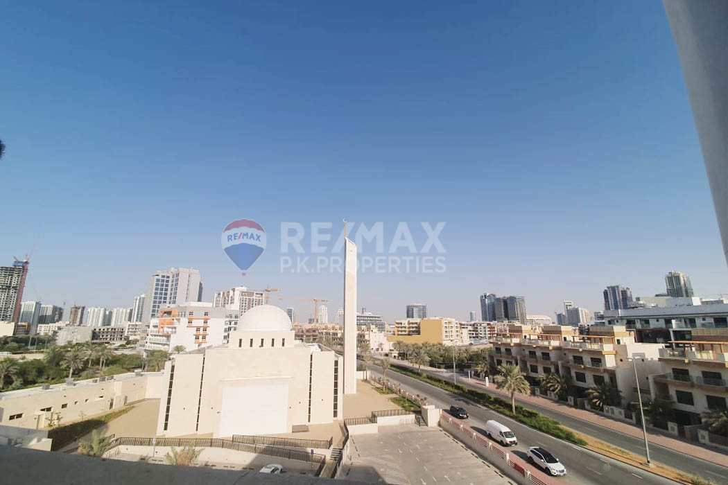 Plaza Residences | 12 CHQS | Vacant 2 Bedroom |JVC - Plaza Residences, Jumeirah Village Circle, Dubai