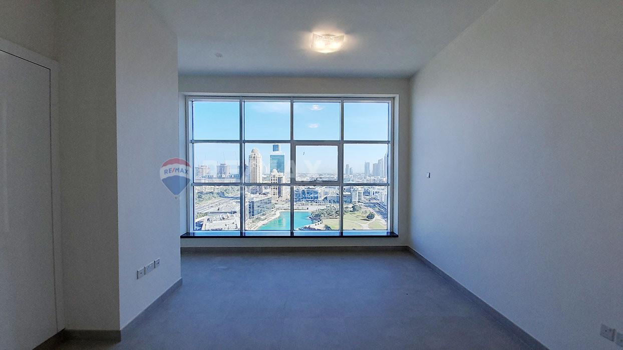 Palm and Sea View | Large 2BR | Brand New, Marina Arcade Tower, Dubai Marina, Dubai