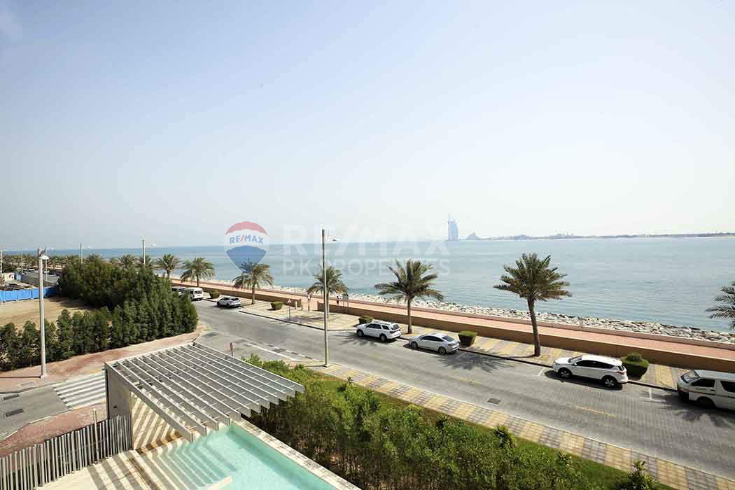 Fully Furnished | Upgraded 2 Bedroom | Muraba - Muraba Residence, The Crescent, Palm Jumeirah, Dubai