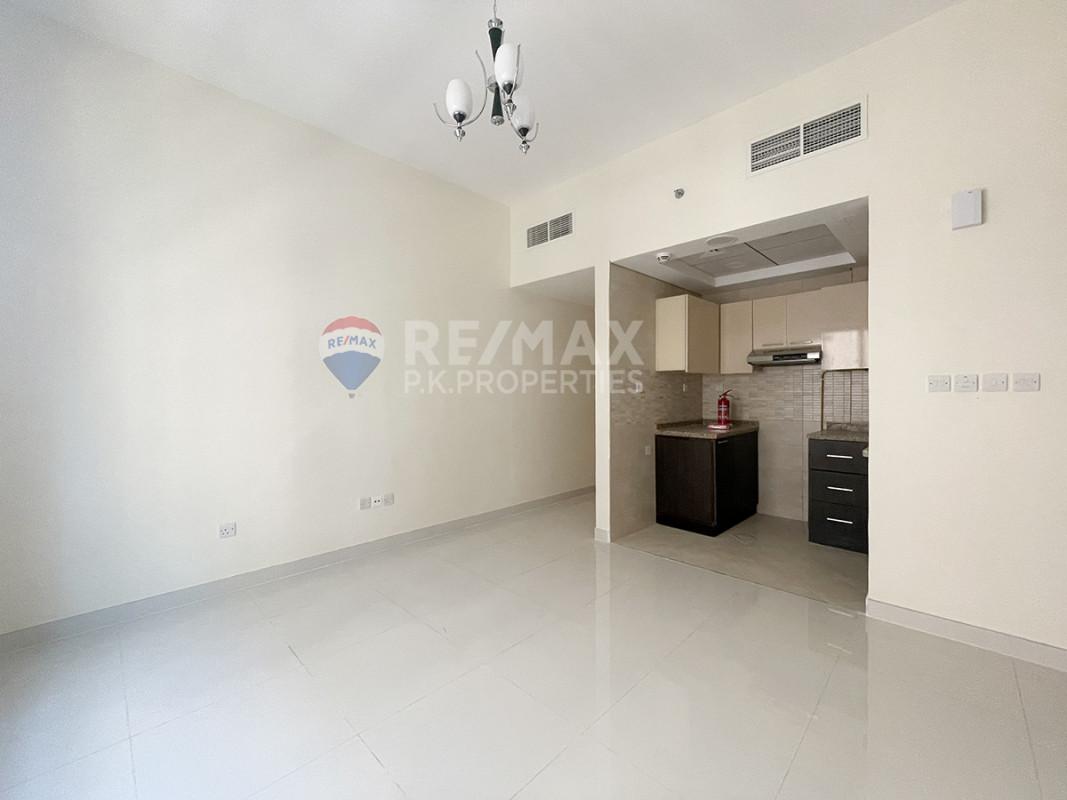 BRAND NEW| 12 ChQs| 1 Month Free|Options Available - Al Safa 1, Al Safa, Dubai