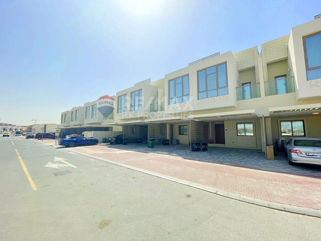 BRAND NEW - Furnished/Unfurnished  -  Move in ASAP - Murano Residences, Al Furjan, Dubai