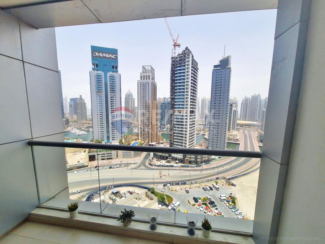 Chiller fee | High floor studio | Marina view - Skyview Tower, Dubai Marina, Dubai
