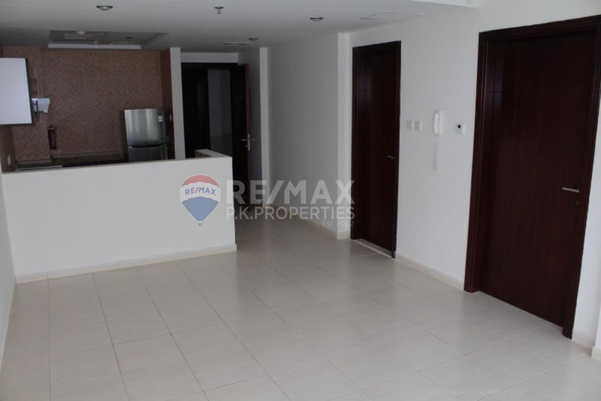 Exclusive | Best Price | Pool Views - Royal Residence 2, Royal Residence, Dubai Sports City, Dubai