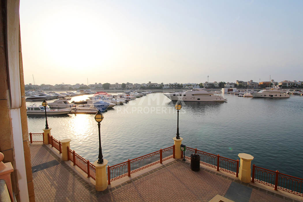 3BR plus Maids I Huge extended Terrace I Sea View - Marina Residences 1, Marina Residences, Palm Jumeirah, Dubai