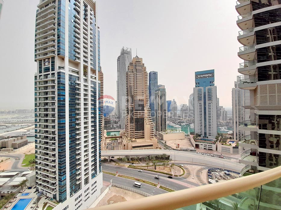 Bright 2 Bedroom | Royal Oceanic | Great location - The Royal Oceanic, Oceanic, Dubai Marina, Dubai