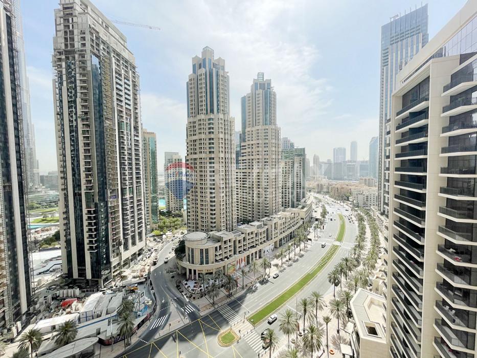 BRAND NEW | High Floor | Luxurious Corner Unit | Best Layout - Boulevard Crescent 1, BLVD Crescent, Downtown Dubai, Dubai