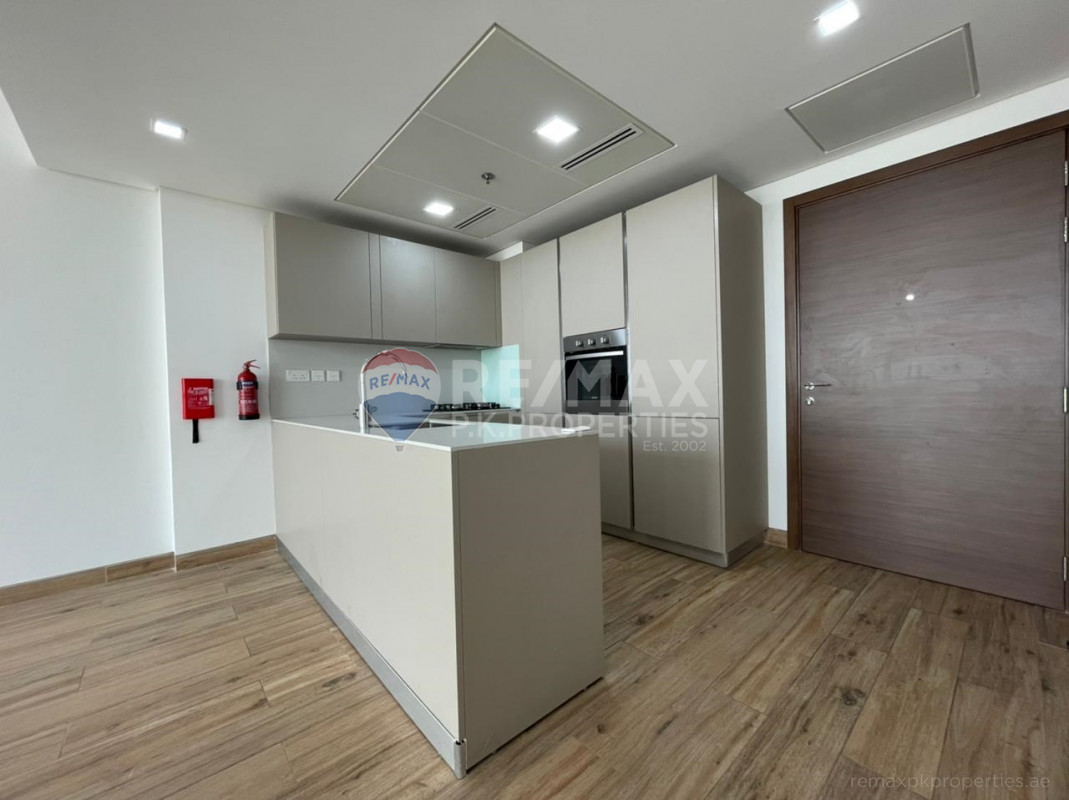 Fully Fitted Kitted | Modern | High End Finishing - East 40, Al Furjan, Dubai