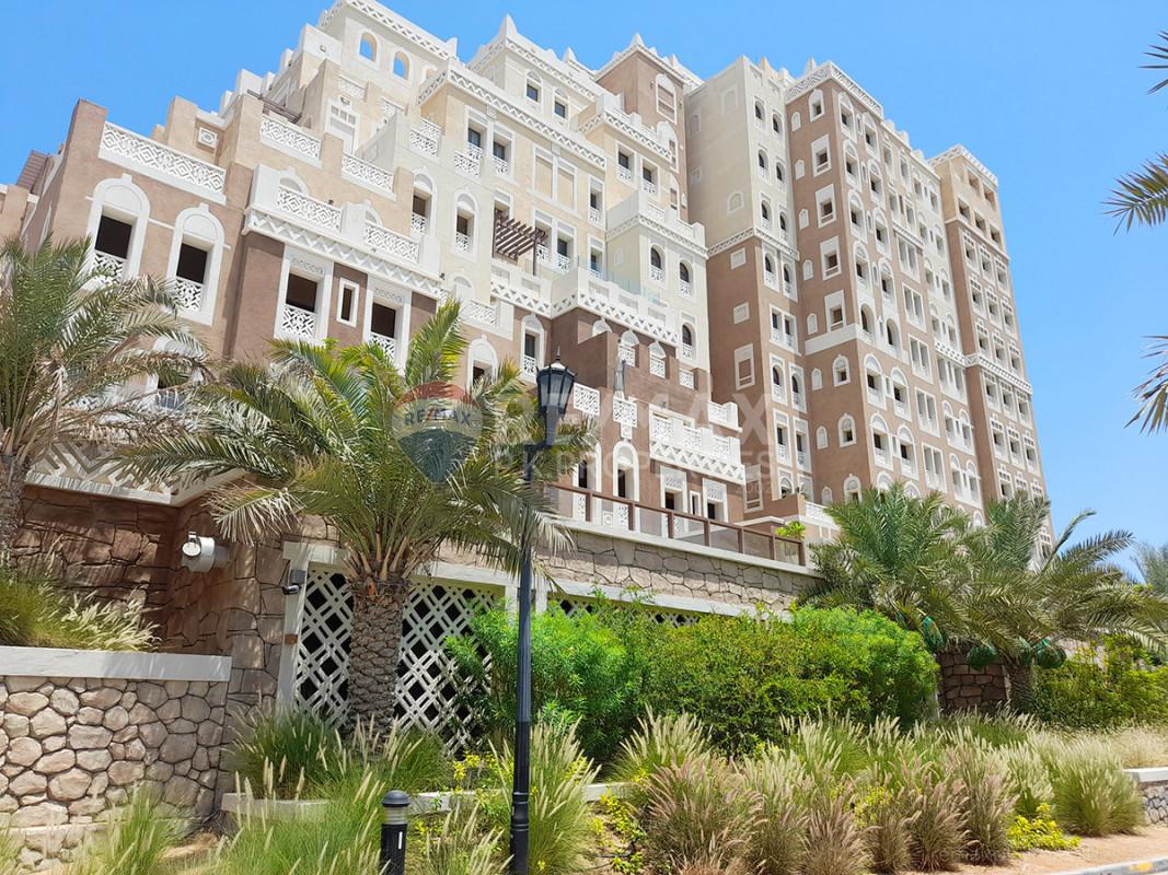 Spacious 2 BR + M at Balqis| Sea View| Great price - Balqis Residences, Kingdom of Sheba, Palm Jumeirah, Dubai