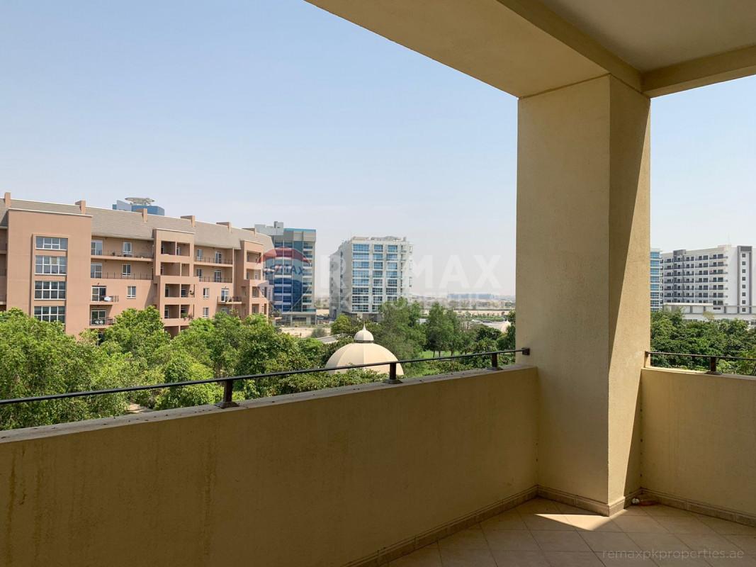 Spacious, Large, Green 3 beds, 3 baths, Best price - Marlowe House 2, Marlowe House, Motor City, Dubai