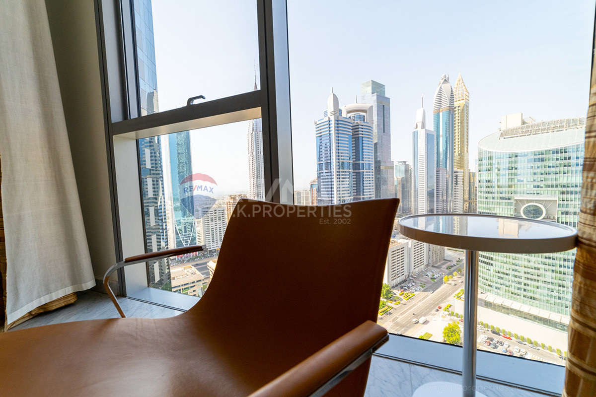 Spacious Duplex, Super View, Well Maintained Apartment - Central Park Residential Tower, Central Park Tower, DIFC, Dubai