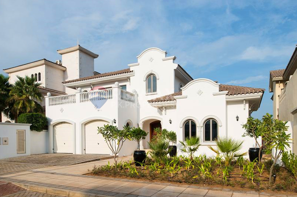 Central Rotunda | Luxuriously Furnished | VOT - Garden Homes Frond L, Garden Homes, Palm Jumeirah, Dubai