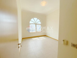 Type C in AL Hamri Available in March Perfectly Maintained, Al Hamri, Shoreline Apartments, Palm Jumeirah, Dubai