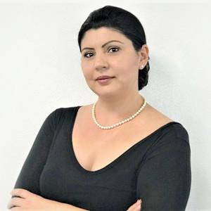 Angela Parau - Agent