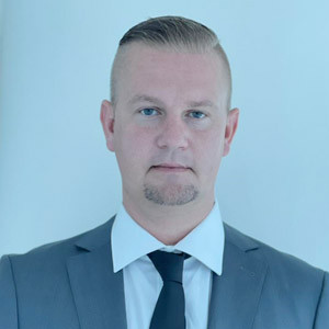 Edgars Laucenieks - Agent - PK Properties